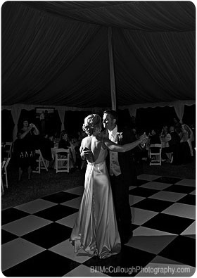 Classic bride and groom first dance